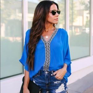 VICI Gorgeous Tunic EMBROIDERED BLOUSE - Small